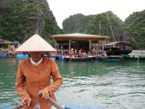 combine_Cambodge_Vietnam_baie-along